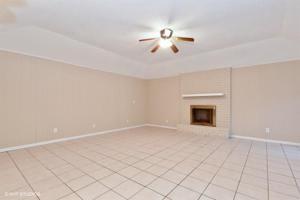 1107 Cobblestone St, Alice, TX 78332