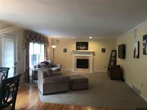 6 Whitestone Way, Bethlehem, NY 12159