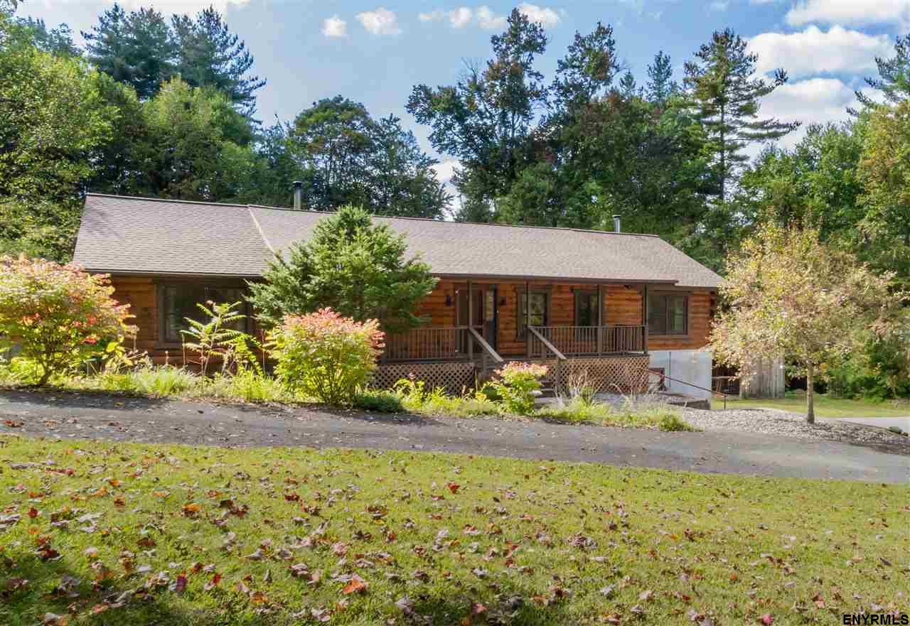 105 Grange Rd, Greenfield, NY 12833