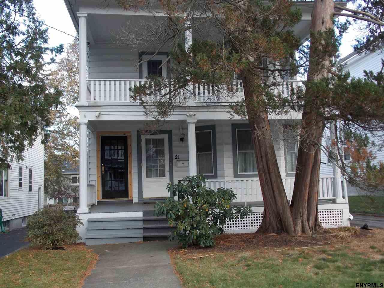21 Homestead Av, Albany, NY 12203