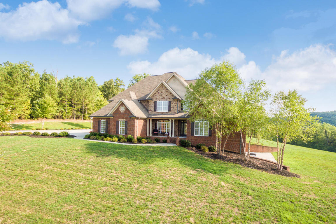 1450 Shirestone Ct, Soddy Daisy, TN 37379
