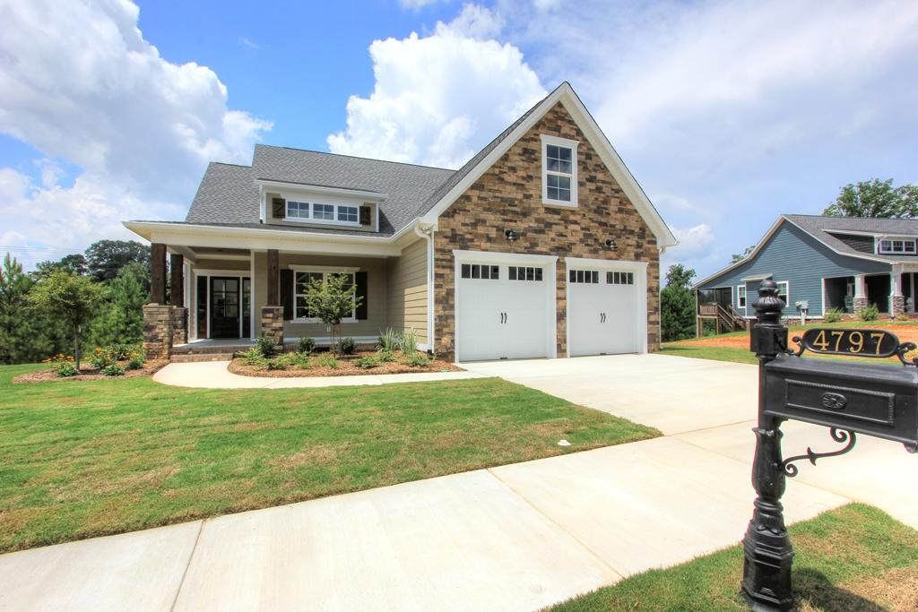 4797 Preserve Dr, Chattanooga, TN 37416