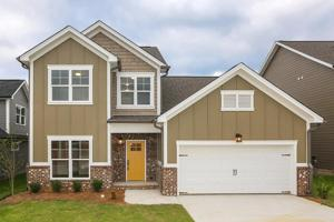 8427 Black Walnut Dr, Ooltewah, TN 37363
