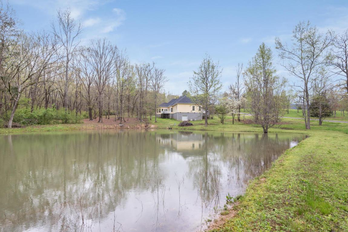 25 Oak Meadows Dr, Dunlap, TN 37327