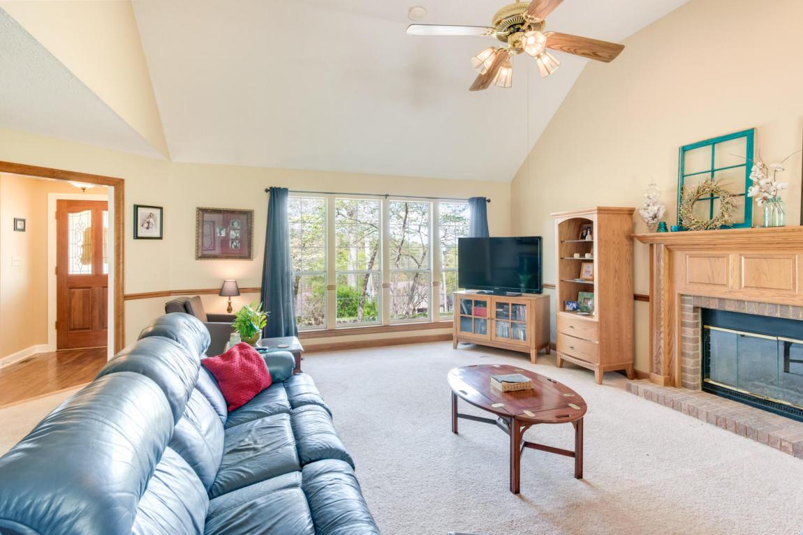 12313 Creek Hollow Ln, Soddy Daisy, TN 37379