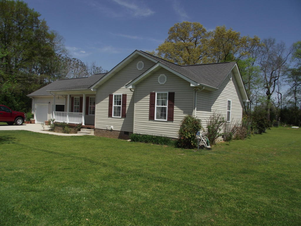 125 Carriage Dr, Whitwell, TN 37397