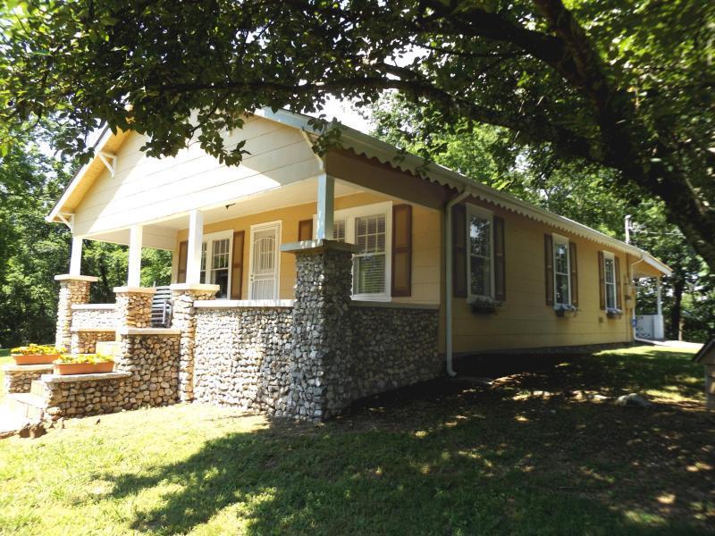 6275 Fairview Rd, Hixson, TN 37343