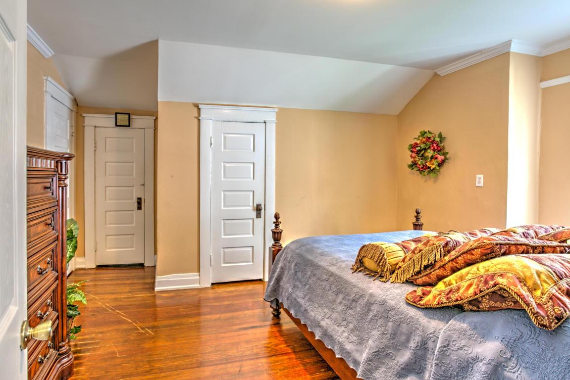 313 Crewdson Ave, Chattanooga, TN 37405