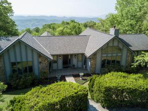 1412 Sunset Dr, Signal Mountain, TN 37377