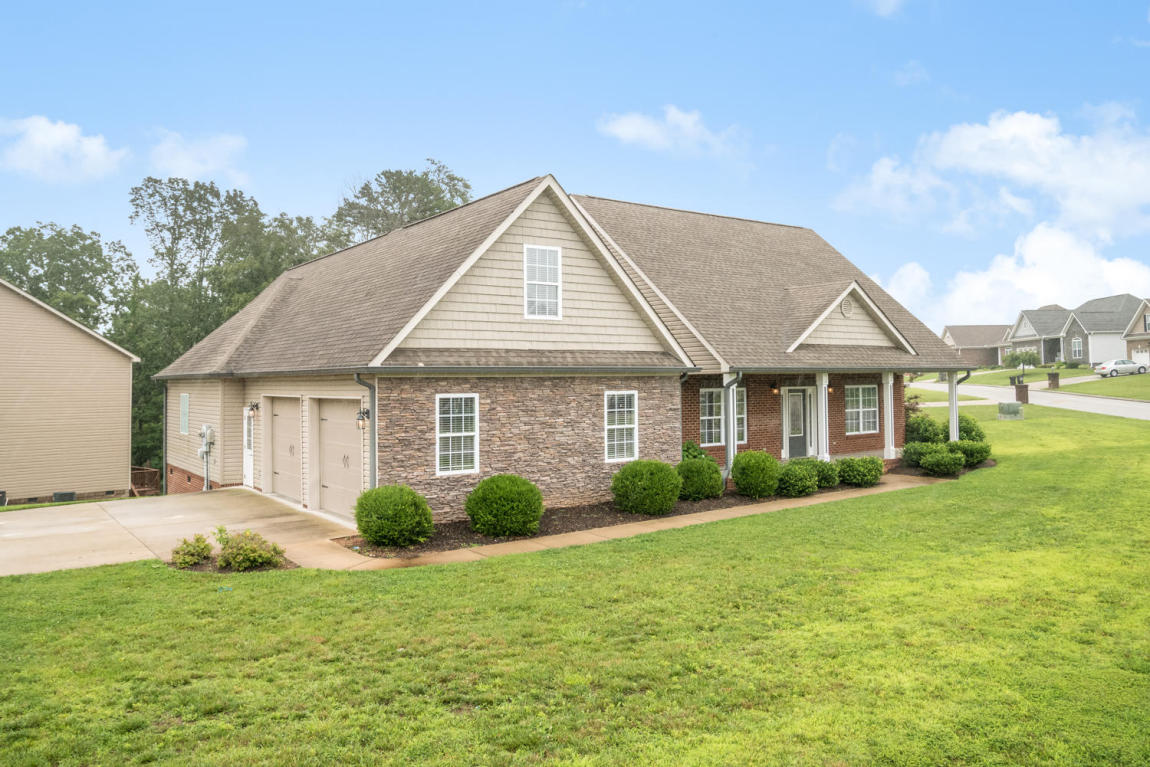 631 Sunset Valley Dr, Soddy Daisy, TN 37379