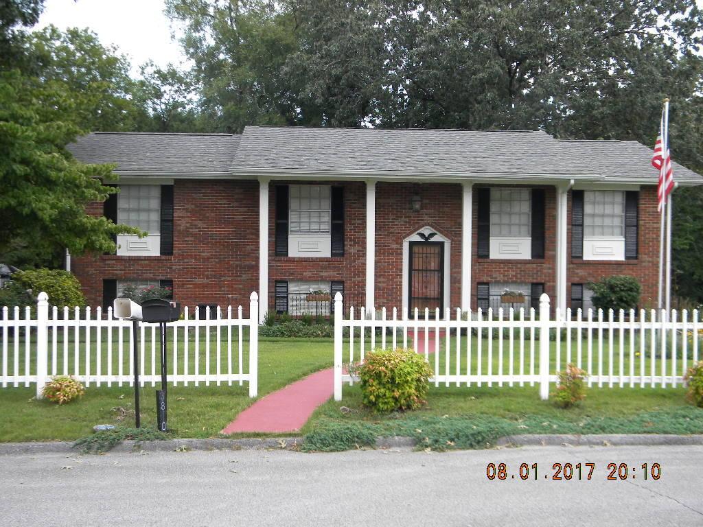 3810 Arrowrock Rd, Chattanooga, TN 37406