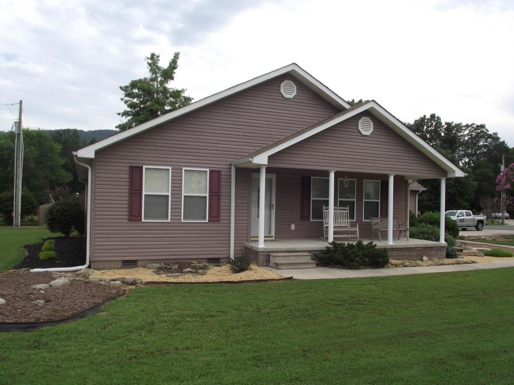 299 Misty Meadow Dr, South Pittsburg, TN 37380