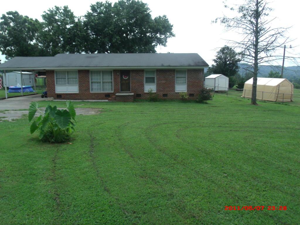 398 Pleasant Grove Rd, Jasper, TN 37347
