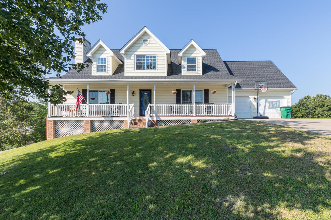10134 Rolling Wind Dr, Soddy Daisy, TN 37379