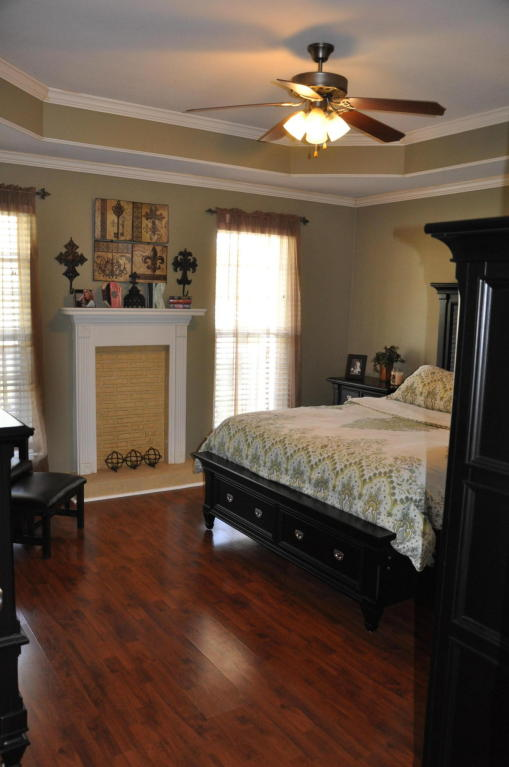 557 Hatch Tr, Soddy Daisy, TN 37379