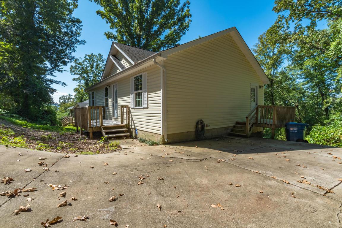 7 Fox Chase St, Rossville, GA 30741