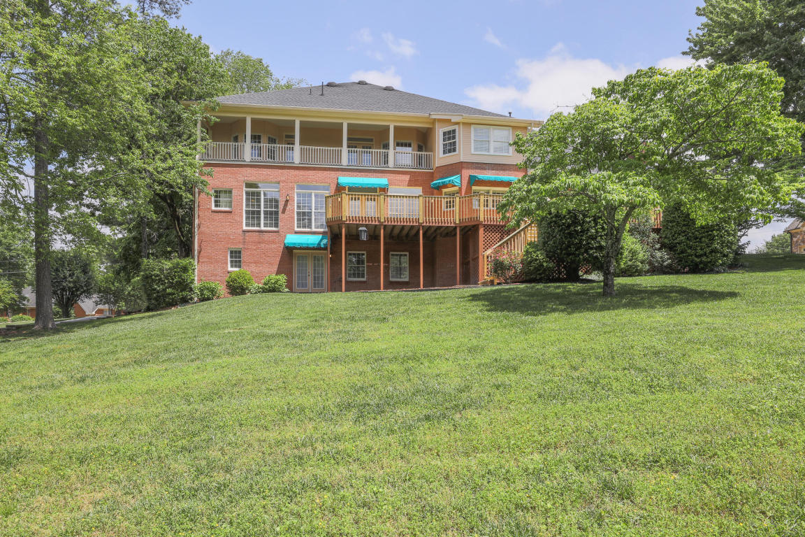 9344 Royal Mountain Dr, Chattanooga, TN 37421