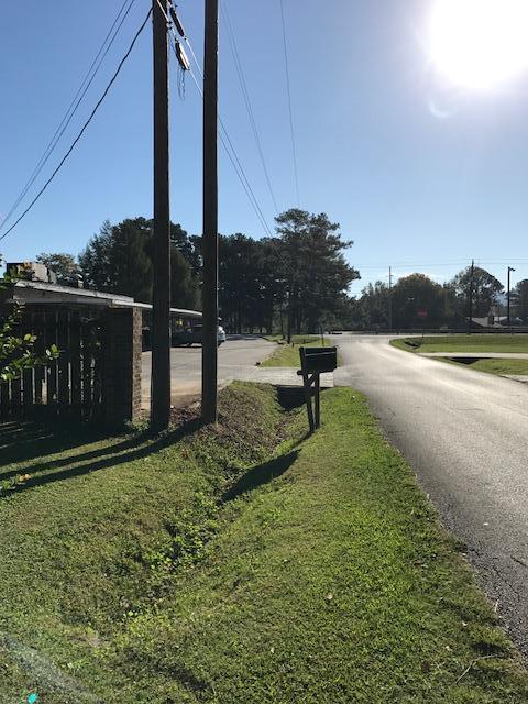 75 East St, Summerville, GA 30747