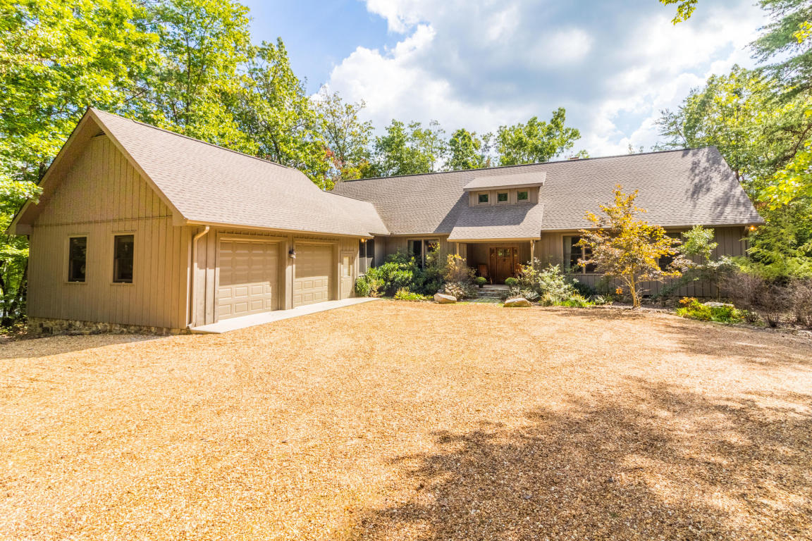 479 Lake Loop Rd, Cloudland, GA 30731