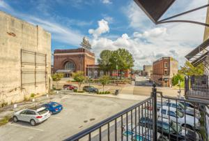 1467 Market St, Chattanooga, TN 37402