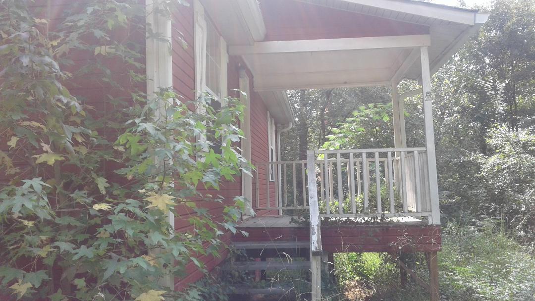 217 Burlington Dr, Rossville, GA 30741