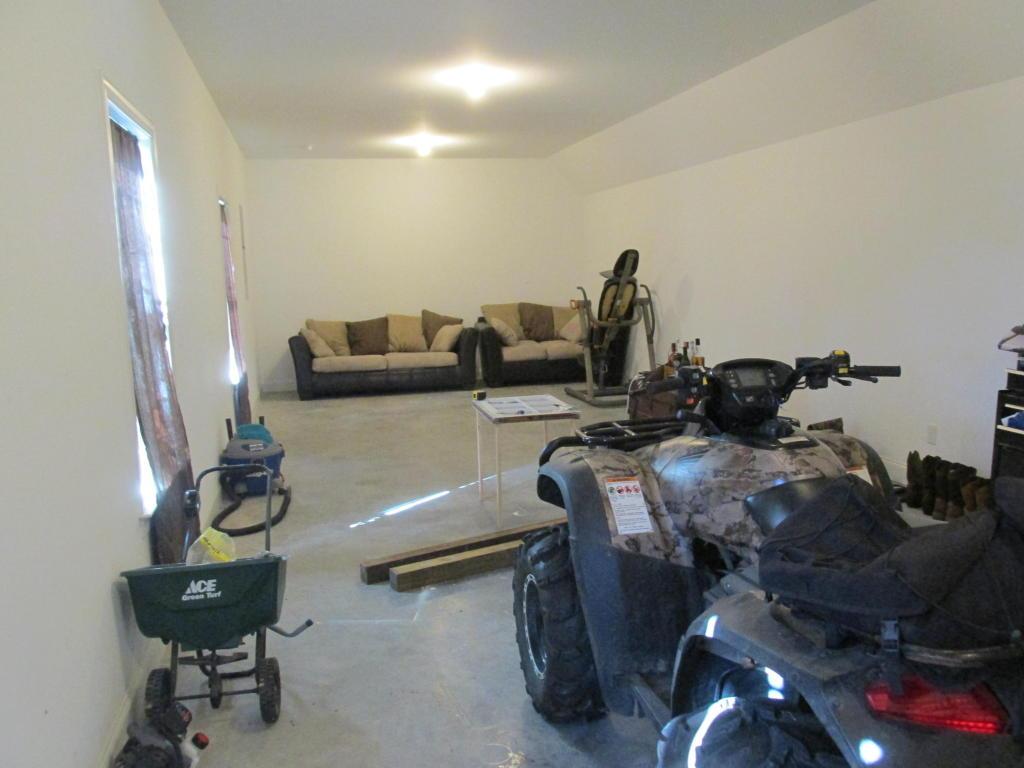 1721 Hunters Ridge Rd, Soddy Daisy, TN 37379