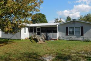 185 Pine Ave, Trenton, GA 30752