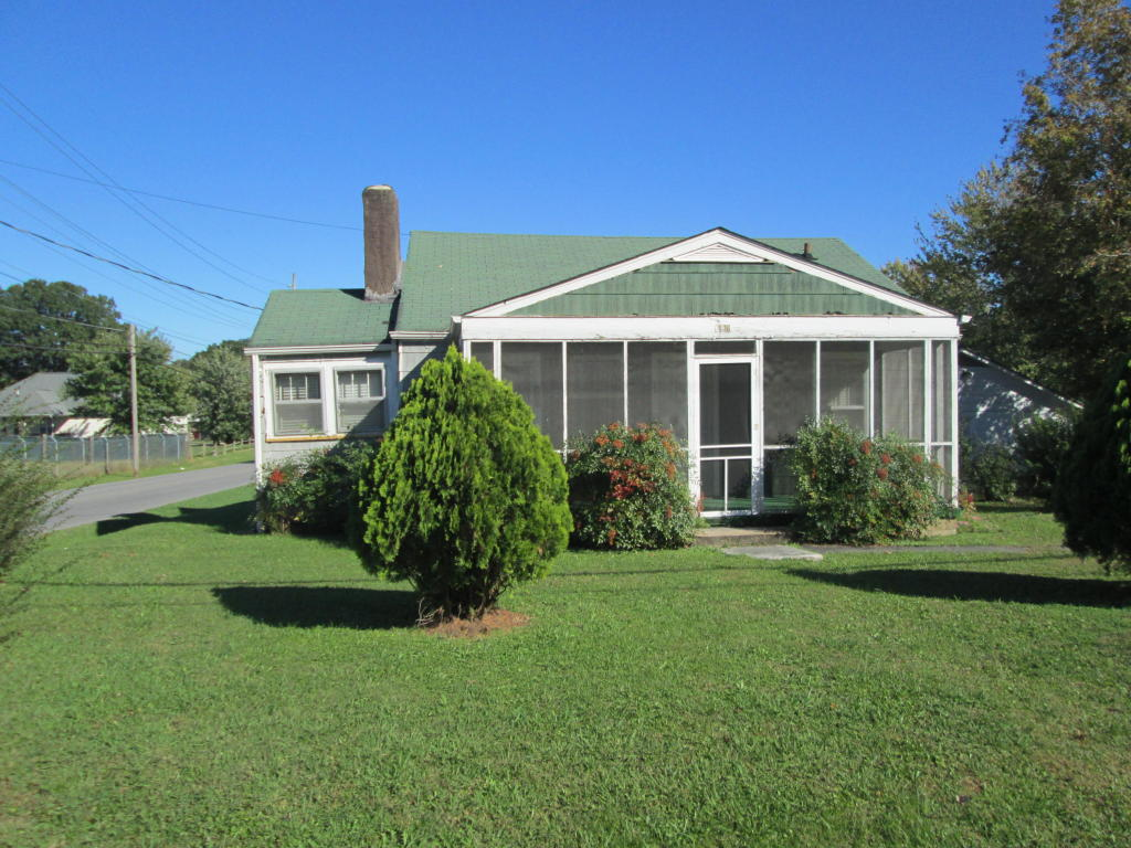 700 Indian Ave, Rossville, GA 30741