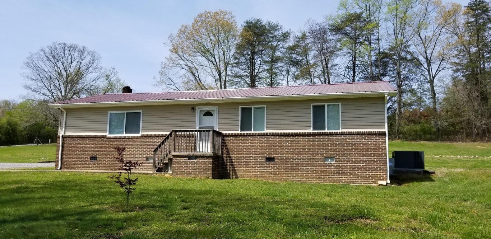95 Pickett Cross Rd, Whitwell, TN 37397