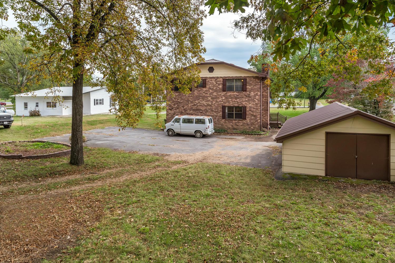 74 Mcafee Rd, Rossville, GA 30741