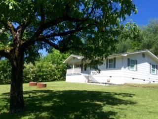 132 Hogan Rd, Rossville, GA 30741