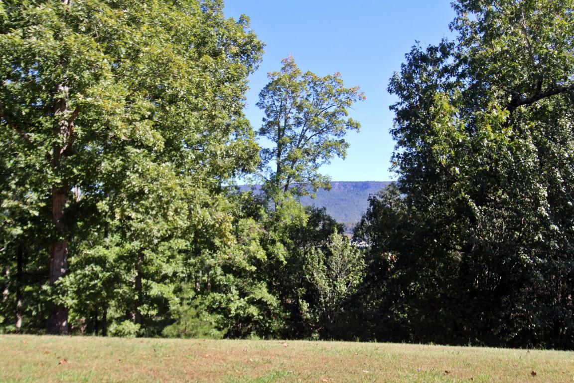 85 Lake Hills Tr, Trenton, GA 30752