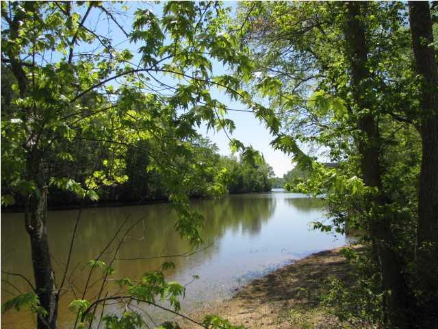 4 Nw Riverview Dr 4, Calhoun, TN 37309