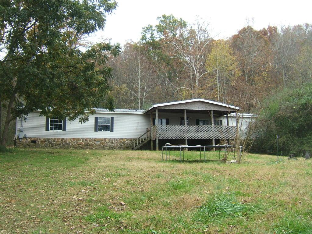 638 Hixson Rd, Dunlap, TN 37327