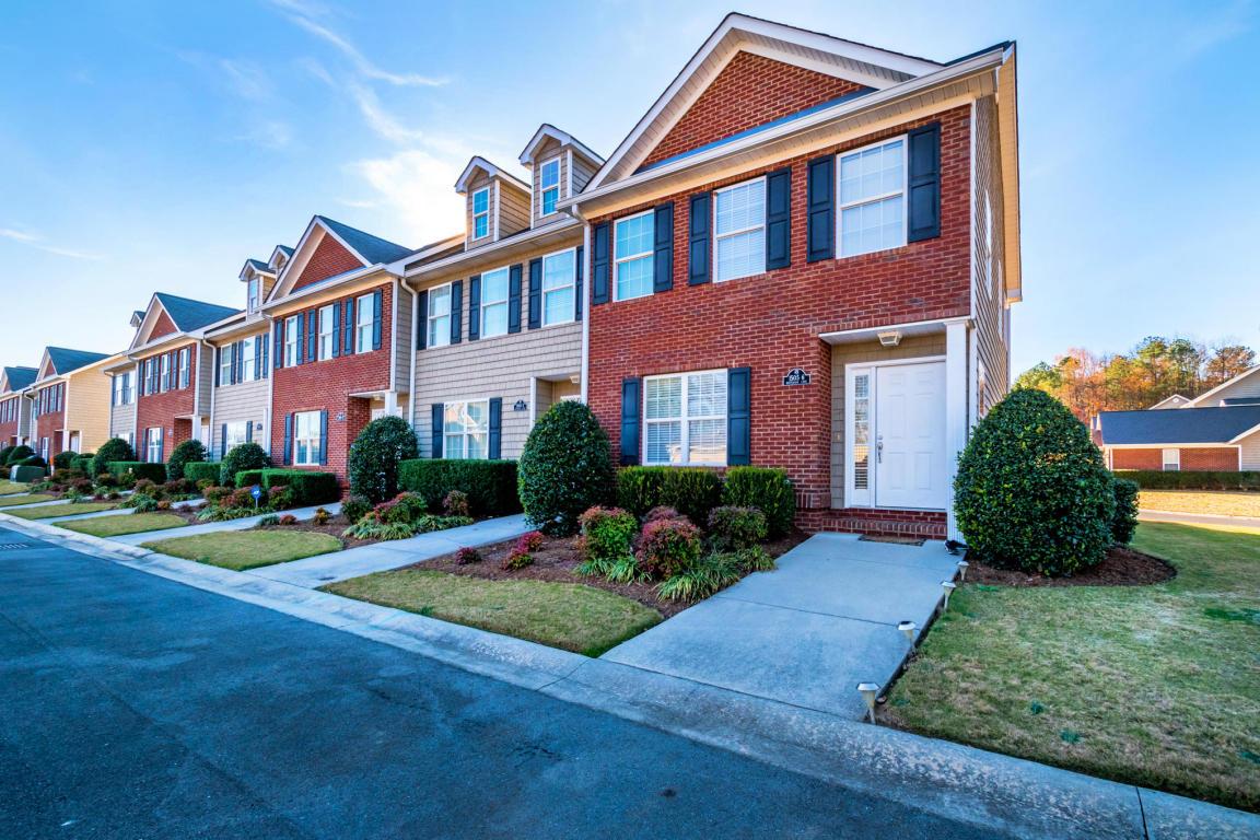 15056 Bentgrass Ln, Dalton, GA 30721