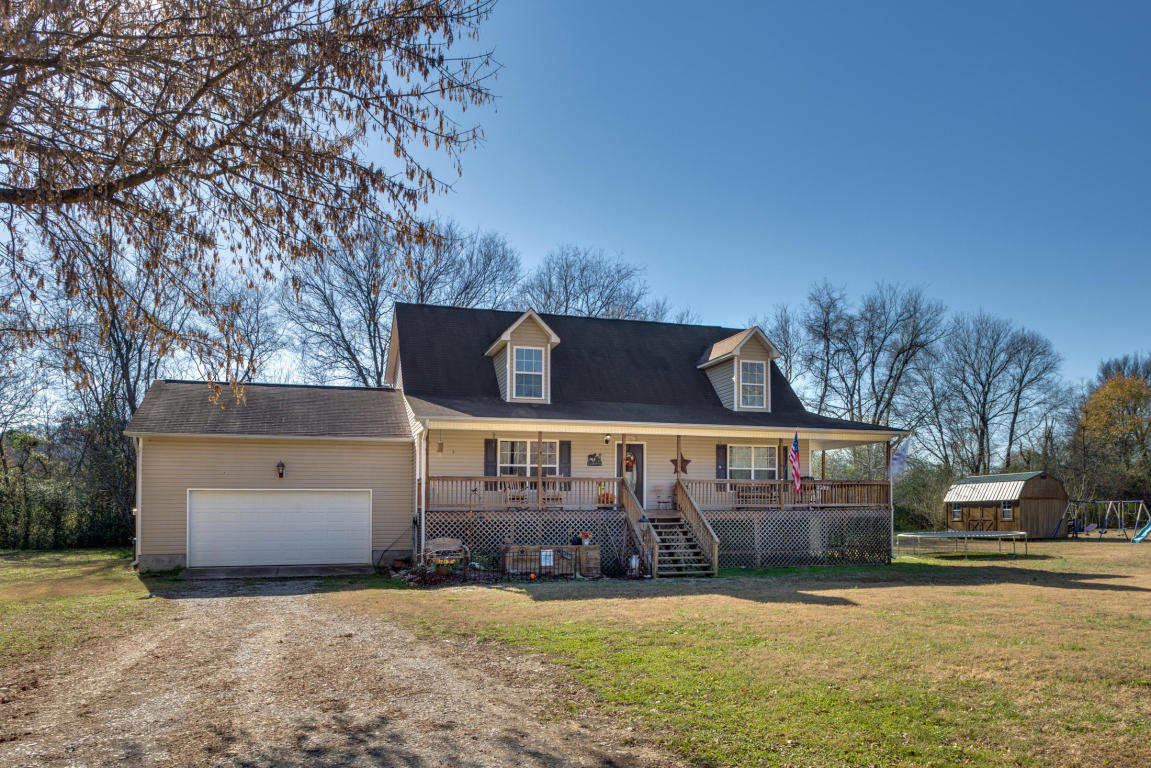 1058 Holland Johnson Rd, Hixson, TN 37343