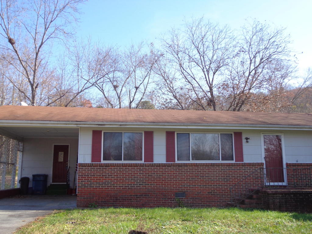 1108 Foster St, Rossville, GA 30741