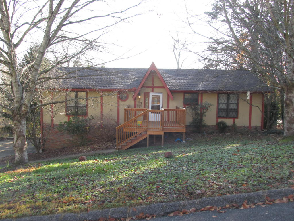 8108 Lakewinds Dr, Harrison, TN 37341