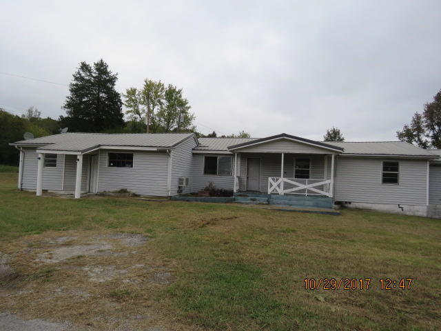 3014 Garretts Chapel Rd, Chickamauga, GA 30707