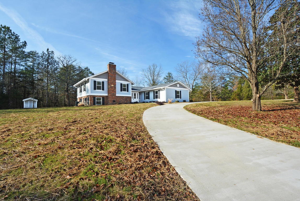 437 Nw Clay Baker Rd, Cleveland, TN 37311