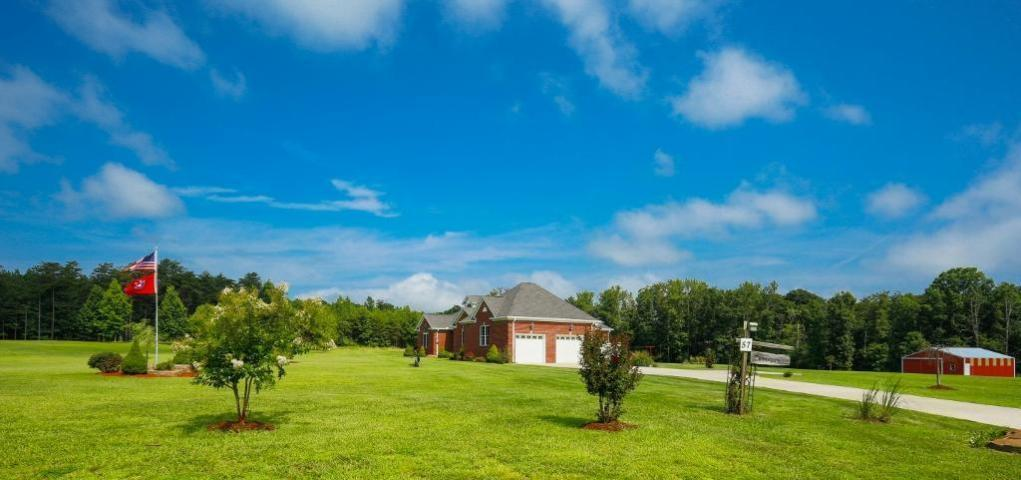 57 Green Brier Ln, Dunlap, TN 37327