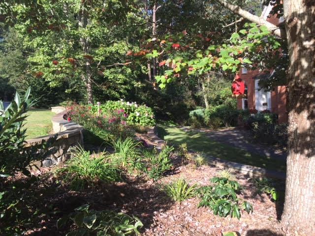 312 Creekshire Dr, Signal Mountain, TN 37377
