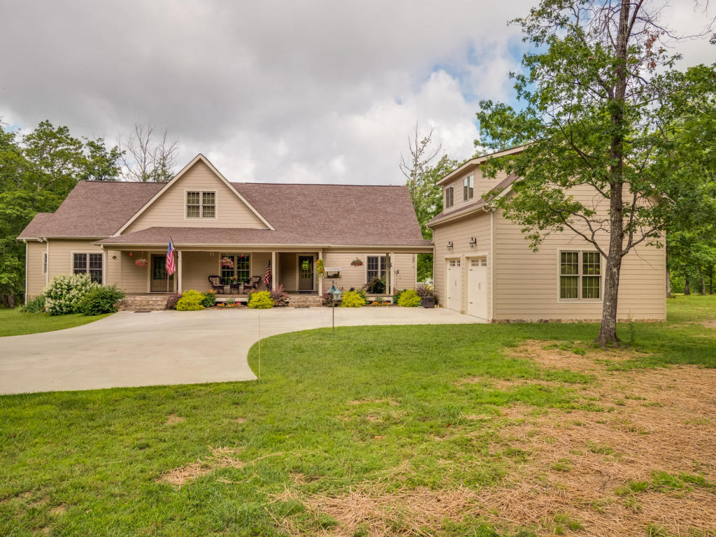 109 N Greenfields Way, Dunlap, TN 37327