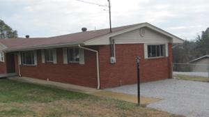122 Artie Ln, Rossville, GA 30741