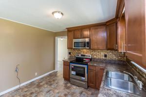 617 Corbley Rd, Rossville, GA 30741