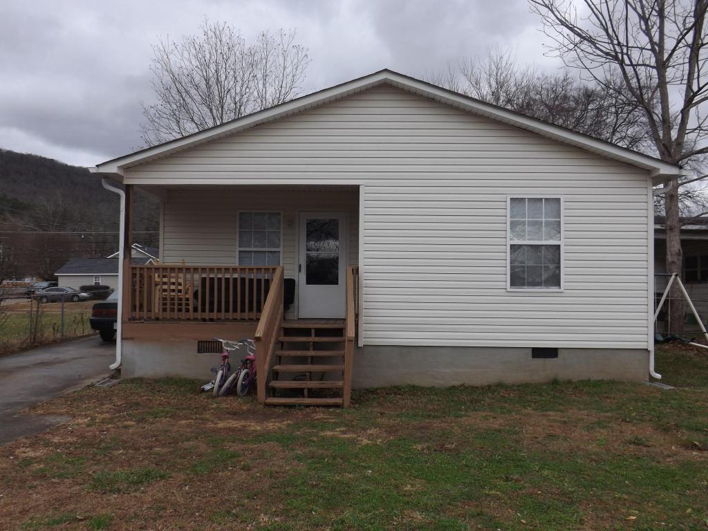 214 Oak Ave, South Pittsburg, TN 37380