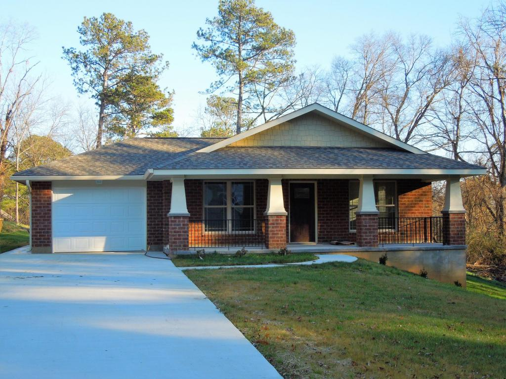 7630 Bonnie Dr, Chattanooga, TN 37416