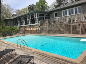 1517 Chickamauga Tr, Lookout Mountain, GA 30750