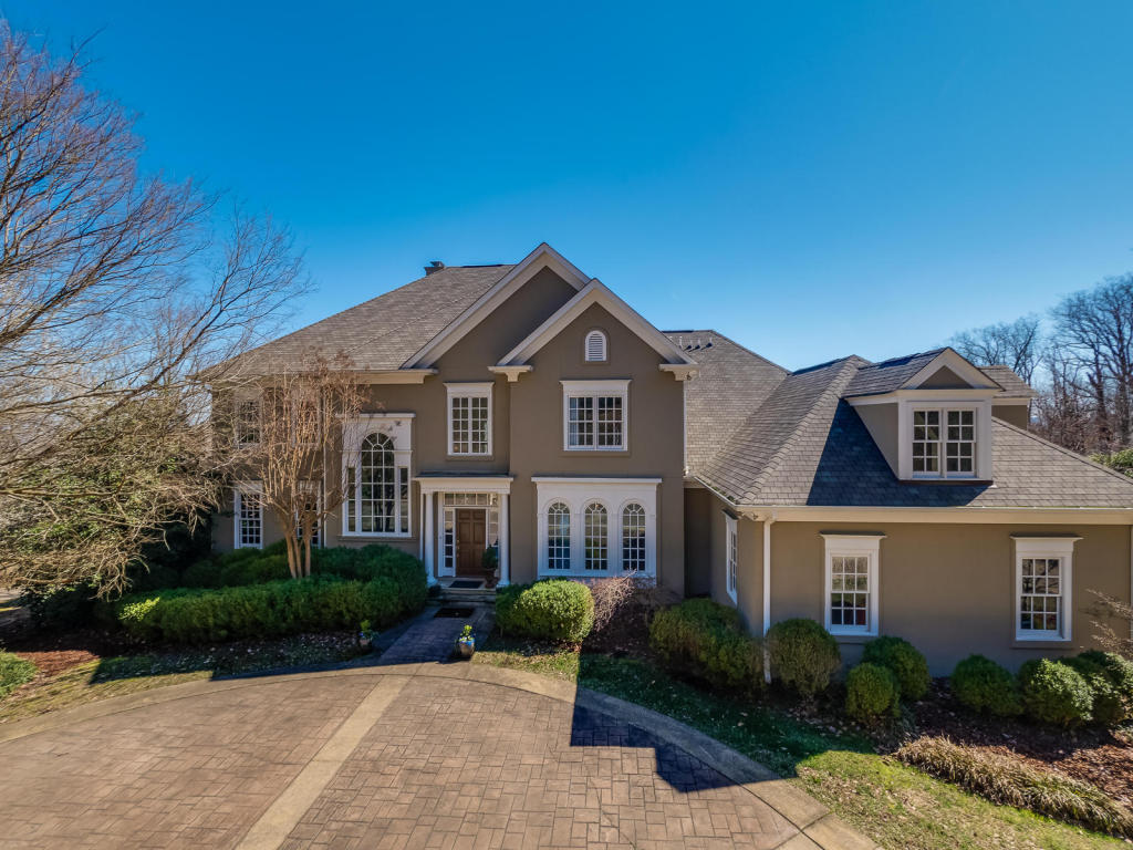 15 Turnberry Ln, Lookout Mountain, GA 30750