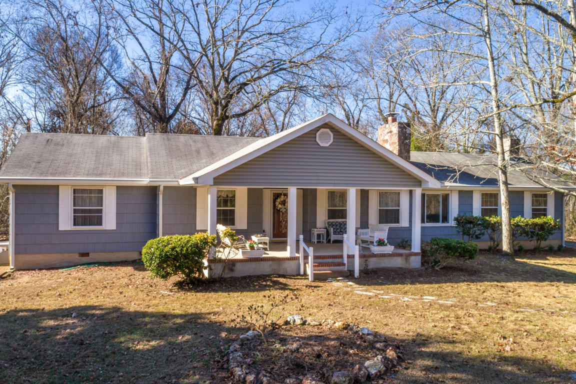 1924 Hidden Harbor Rd, Hixson, TN 37343